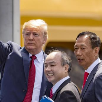 In Wisconsin visit, Trump praises Foxconn factory and again warns Harley-Davidson